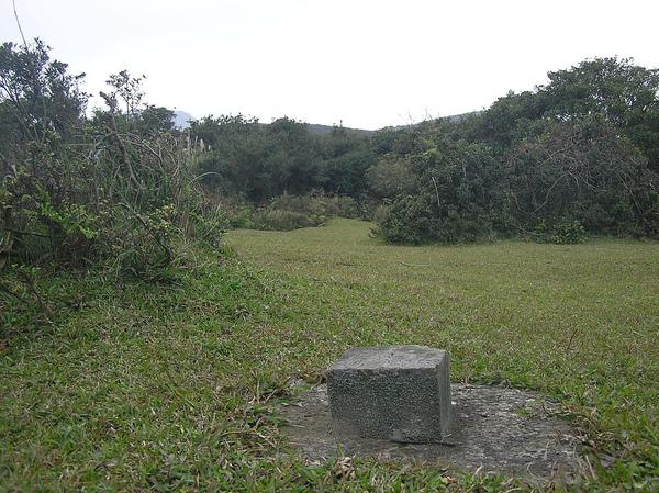 竹篙山南峰 714M