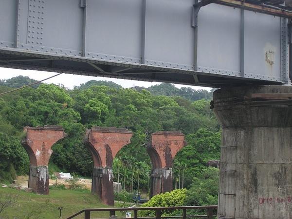斷橋與新橋