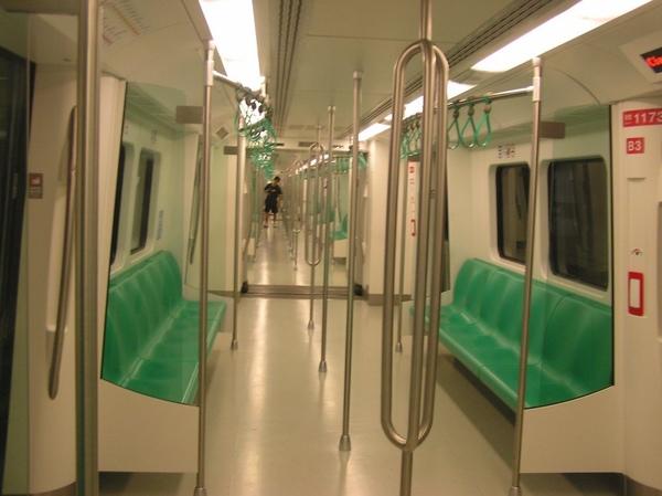 高雄捷運列車