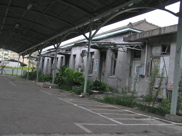 高雄港車站 站體