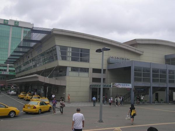 高雄臨時車站