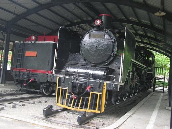 CT251 蒸氣車頭
