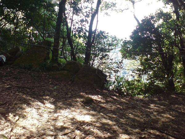 過南邦寮山的休息點