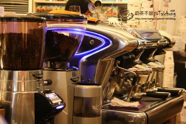 歐客佬咖啡06