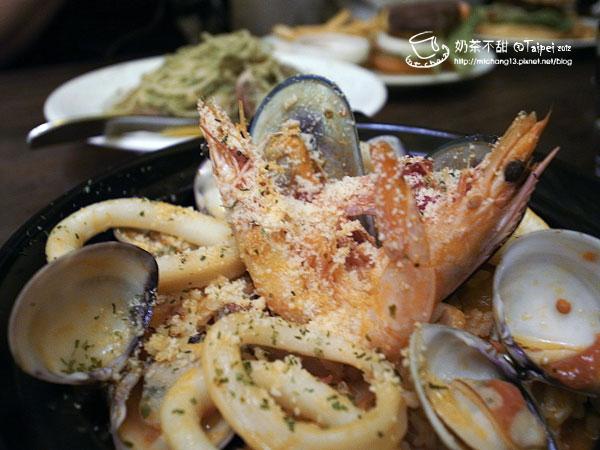 07綜合海鮮起司燉飯(紅醬)
