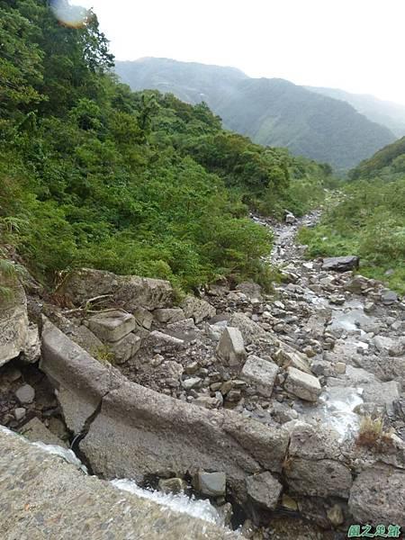 鳥嘴山西南峰20130919 (108)
