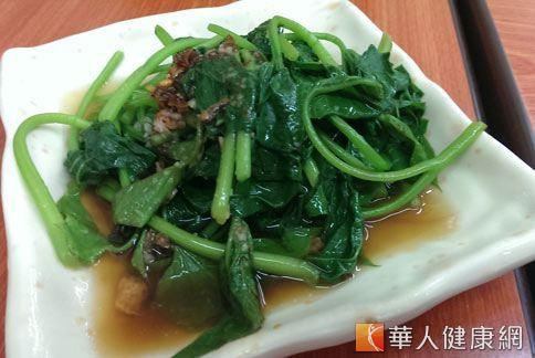 20131202隔夜菜會產生亞硝酸鹽,長期食用恐致癌