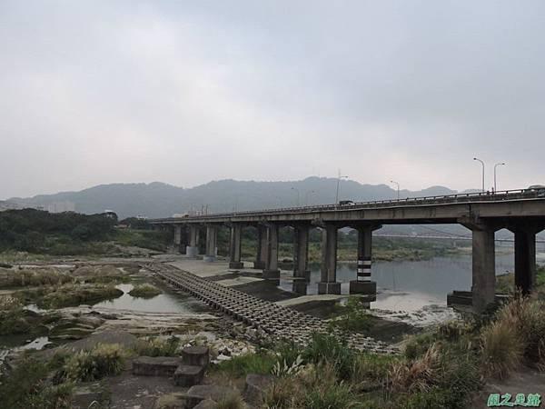 大鶯車道龍窯橋20141128(15)