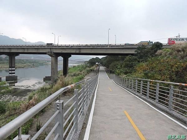 大鶯車道龍窯橋20141128(16)