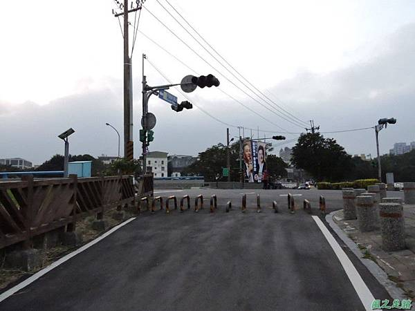 大鶯車道龍窯橋20141128(48)