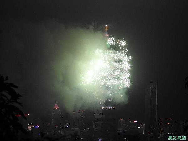 台北101跨年煙火秀20200101(4).JPG