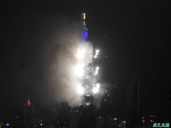 台北101跨年煙火秀20200101(3).JPG
