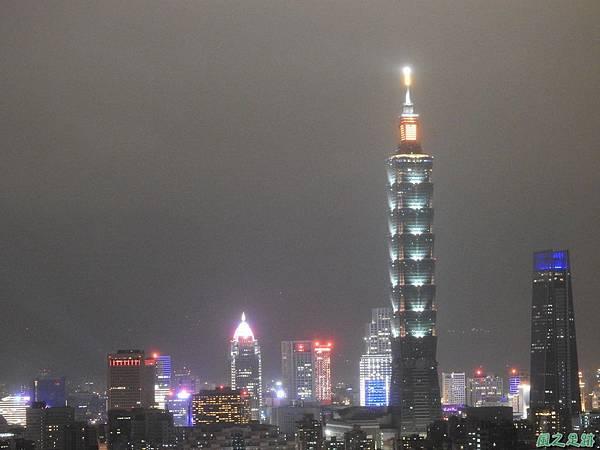 台北101跨年煙火秀20200101(7).JPG