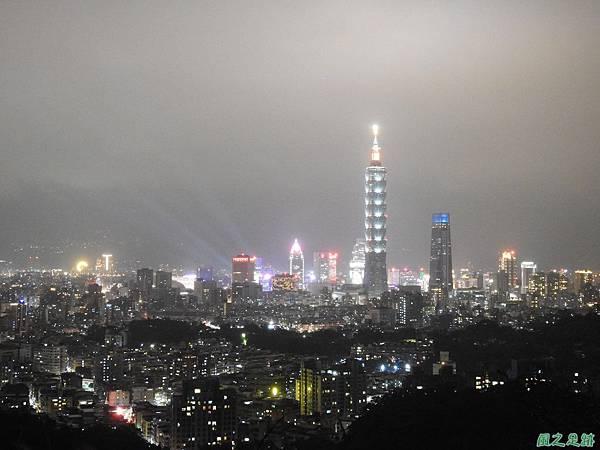 台北101跨年煙火秀20200101(10).JPG
