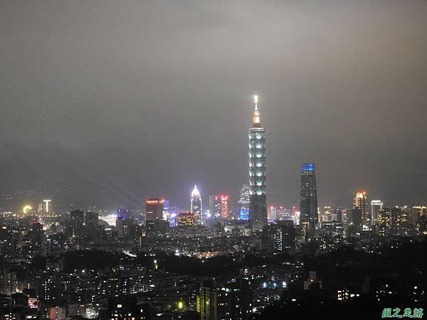 台北101跨年煙火秀20200101(8).JPG