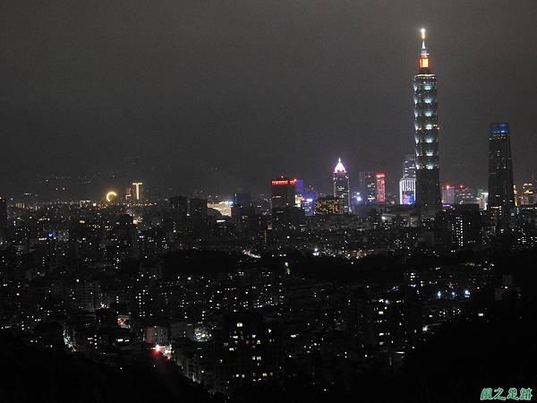 台北101跨年煙火秀20200101(27).JPG