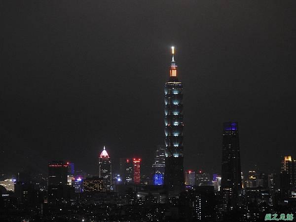 台北101跨年煙火秀20200101(21).JPG