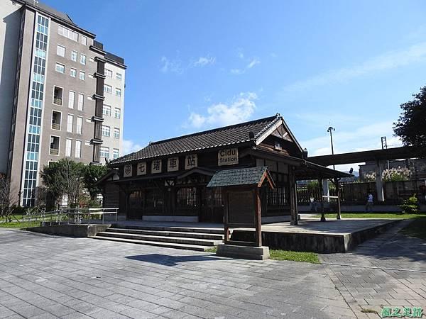 七堵車站20200104(1).JPG