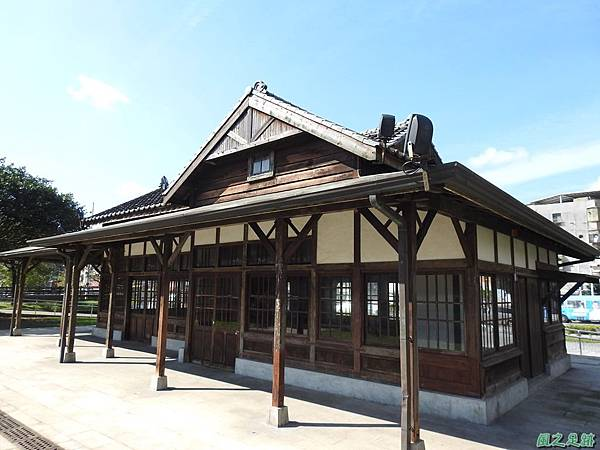 七堵車站20200104(14).JPG