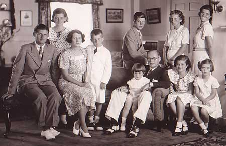 kennedy.family.jpg