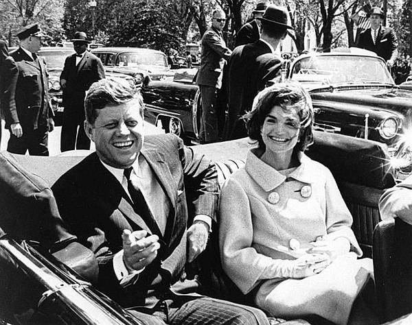 zzz-President-John-F-Kennedy-On-The-Day-Of-His-Assassination-1.jpg