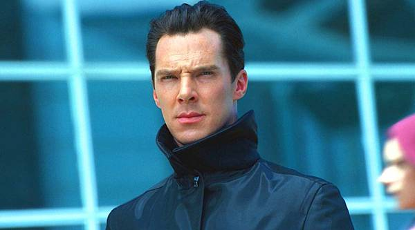 star-trek-into-darkness-benedict-cumberbatch.jpg