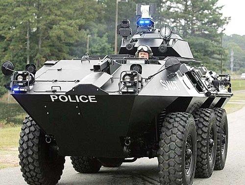 militarized-police-puppetgov.jpg w=400&h=302.jpg