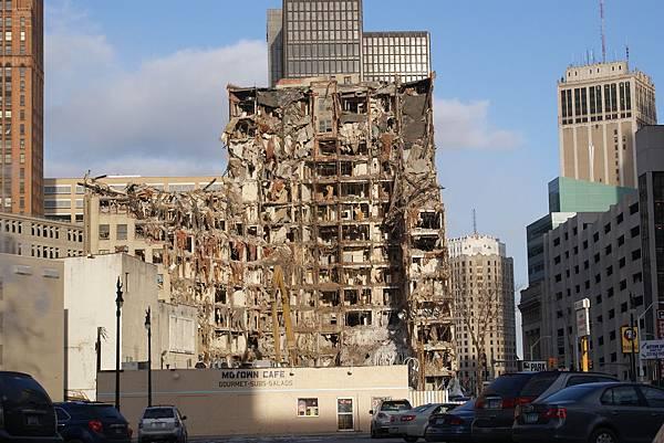lafayette_building_detroit.jpg