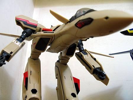 VF-19S-11.jpg