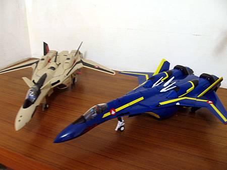 VF-19S-15.jpg