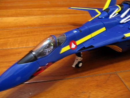 VF-19S-22.jpg