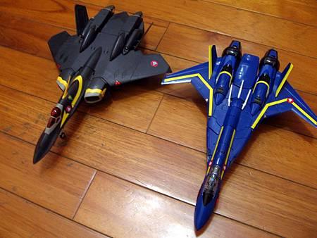 VF-19S-30.jpg
