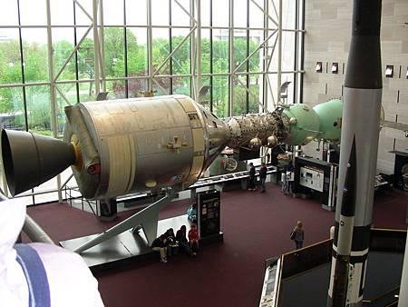 美國 Apollo 跟蘇聯 Soyuz 1975 年首次在太空中結合
