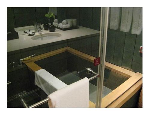 房間內浴室.jpg