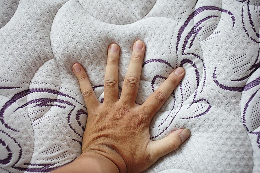 床墊舒柔布-床墊試躺