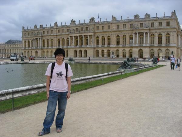 跟凡爾賽宮的合照