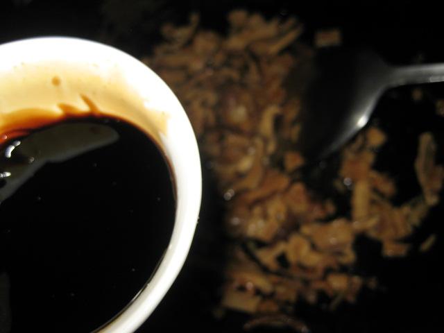健康養生飲食—上班族食譜】糙米芋香飯 ~~吃芋頭能健脾益胃、解毒通便 (上班族拿手菜簡易食譜)