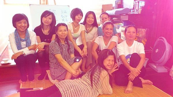 女生團體照-1