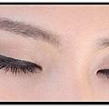 lorde eye makeup2.jpg