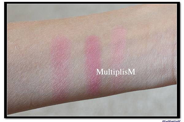 charlottetilbury BLUSH love is the drug swatch2.jpg