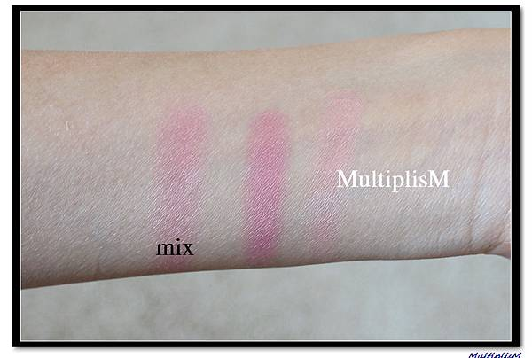 charlottetilbury BLUSH love is the drug swatch.jpg