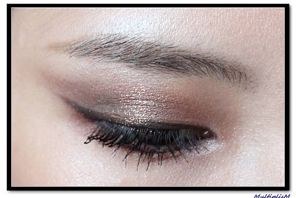 charlotte tilbury eyeshadow the dolce vita 2 look eye2.jpg