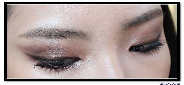 charlotte tilbury eyeshadow the dolce vita 2 look eye.jpg
