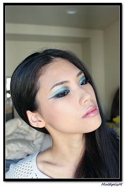 ysl COUTURE PALETTE 10 look3-3.jpg