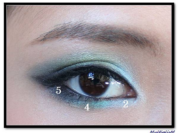 ysl COUTURE PALETTE 10 look2-step2.jpg