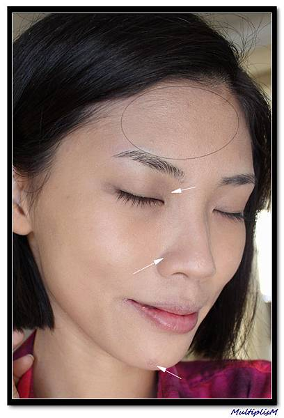 GUCCI foundation 050 face2.jpg