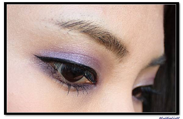 GUCCI EYESHADOW QUAD purple topaz LOOK1.jpg