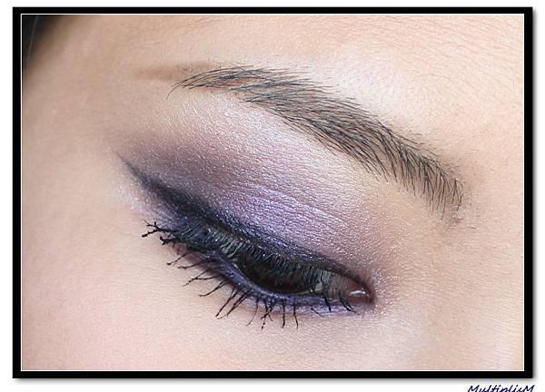 GUCCI EYESHADOW QUAD purple topaz LOOK2-1.jpg