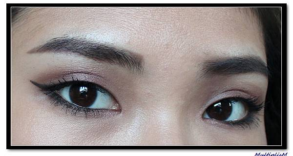 hourglass infinity look1 eye.jpg
