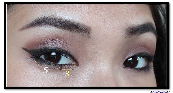 hourglass infinity look1 eye2.jpg